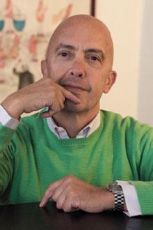 Dott.  GIOVANNI CARLUCCIO Medico Chirurgo Specialista in Otorinolaringoiatria e Patologia Cervico Facciale  Università di Milano Medico Competente per la  Medicina del Lavoro