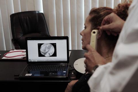 Video-Otoscopia  con esecuzione di referto fotografico (immagine timpanica)