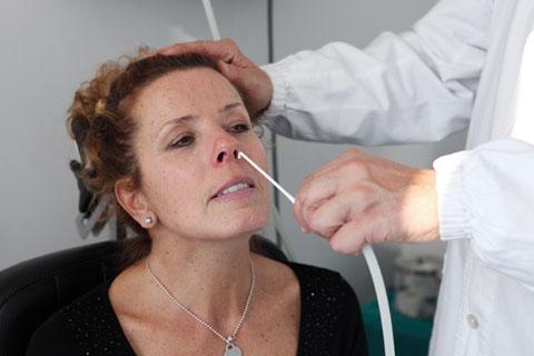 Insufflazioni tubariche (per curare le sordità acute e croniche)